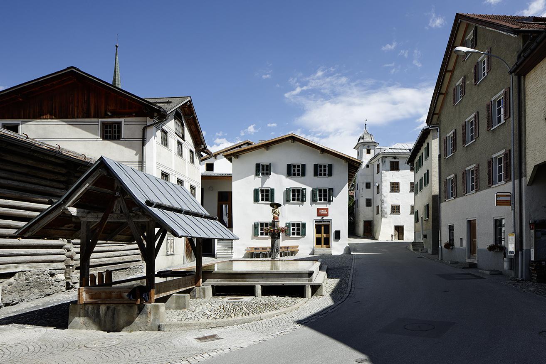 alpines museum der schweiz biwak 14. Black Bedroom Furniture Sets. Home Design Ideas